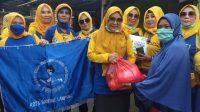IWAPI Kota Bandar Lampung Bagikan Sembako Menjelang Ramadhan